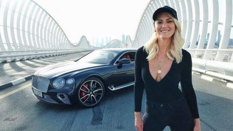 Supercar Blondie - Nàng hot girl chuyên review những siêu xe hơi