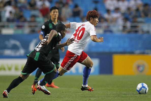 Son Heung-min - ELLE Man -1