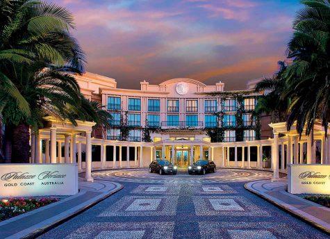 Khách sạn Versace Palazzo tại Gold Coast, Úc.