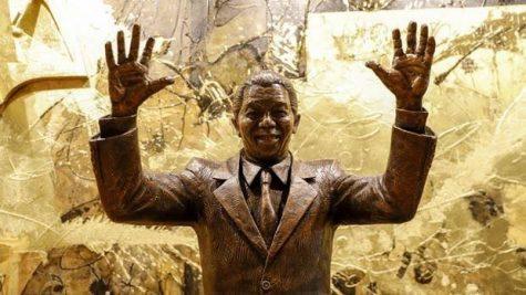 tượng cố tổng thống Nelson Mandela