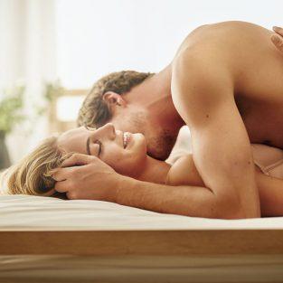Chuyện giường chiếu: Bạn có thật sự biết lắng nghe điều nàng muốn?