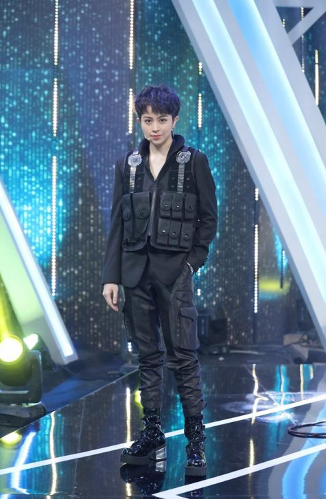 ELLE Style Awards ELLE Man Gil Lê trên sân khấu NALA