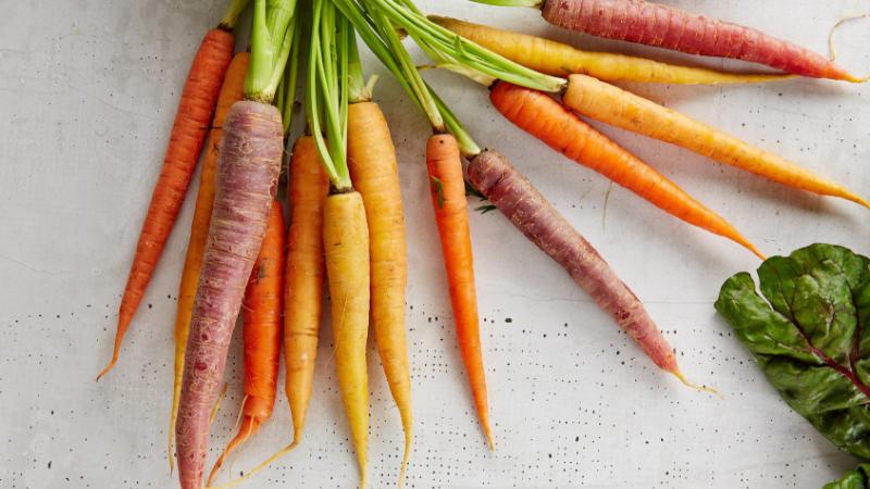Thực phẩm tốt cho da ELLE Man cà rốt