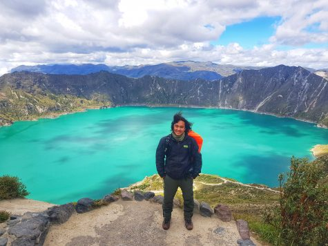 Hồ núi lửa Quilotoa trên dãy Andes, Ecuador