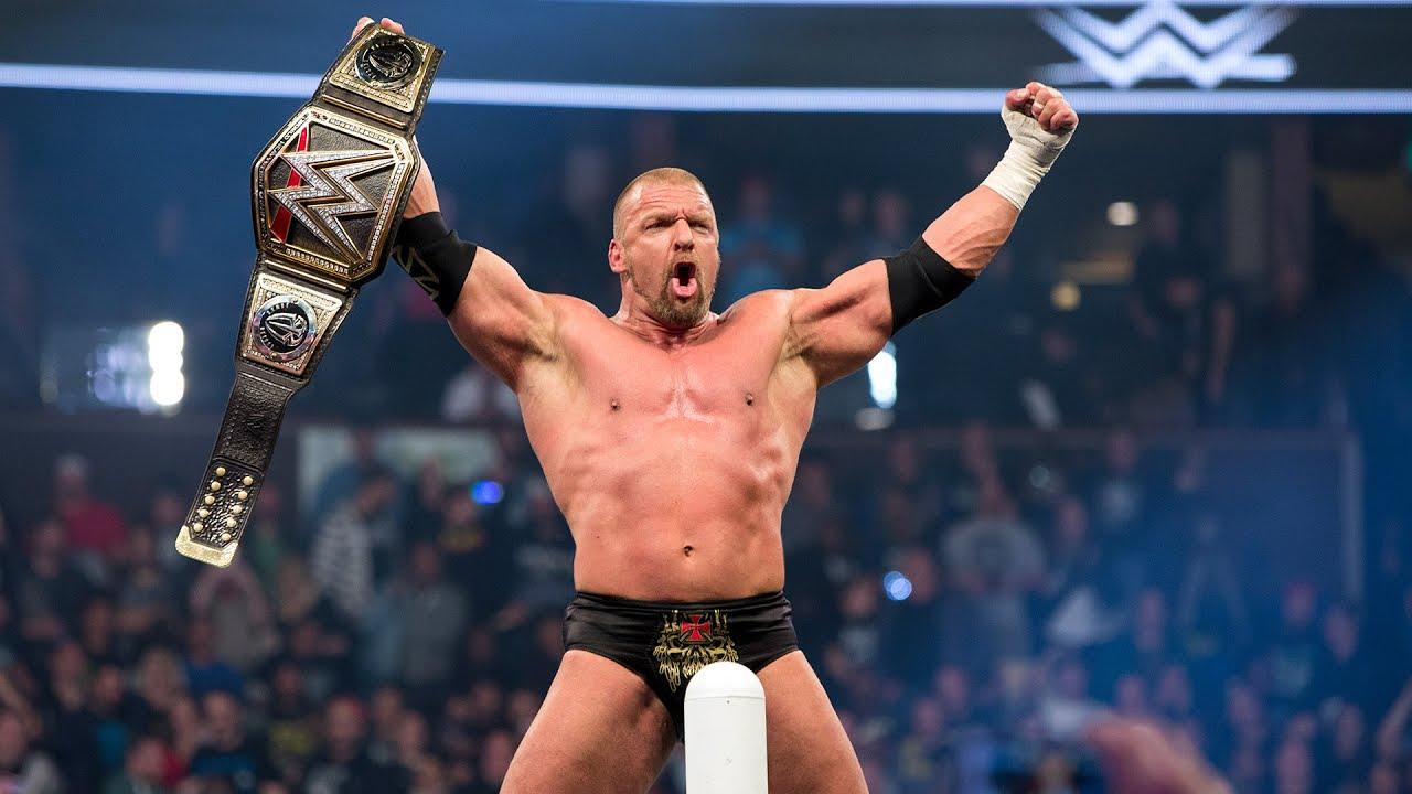 Đô vật WWE cung Sư Tử Triple H