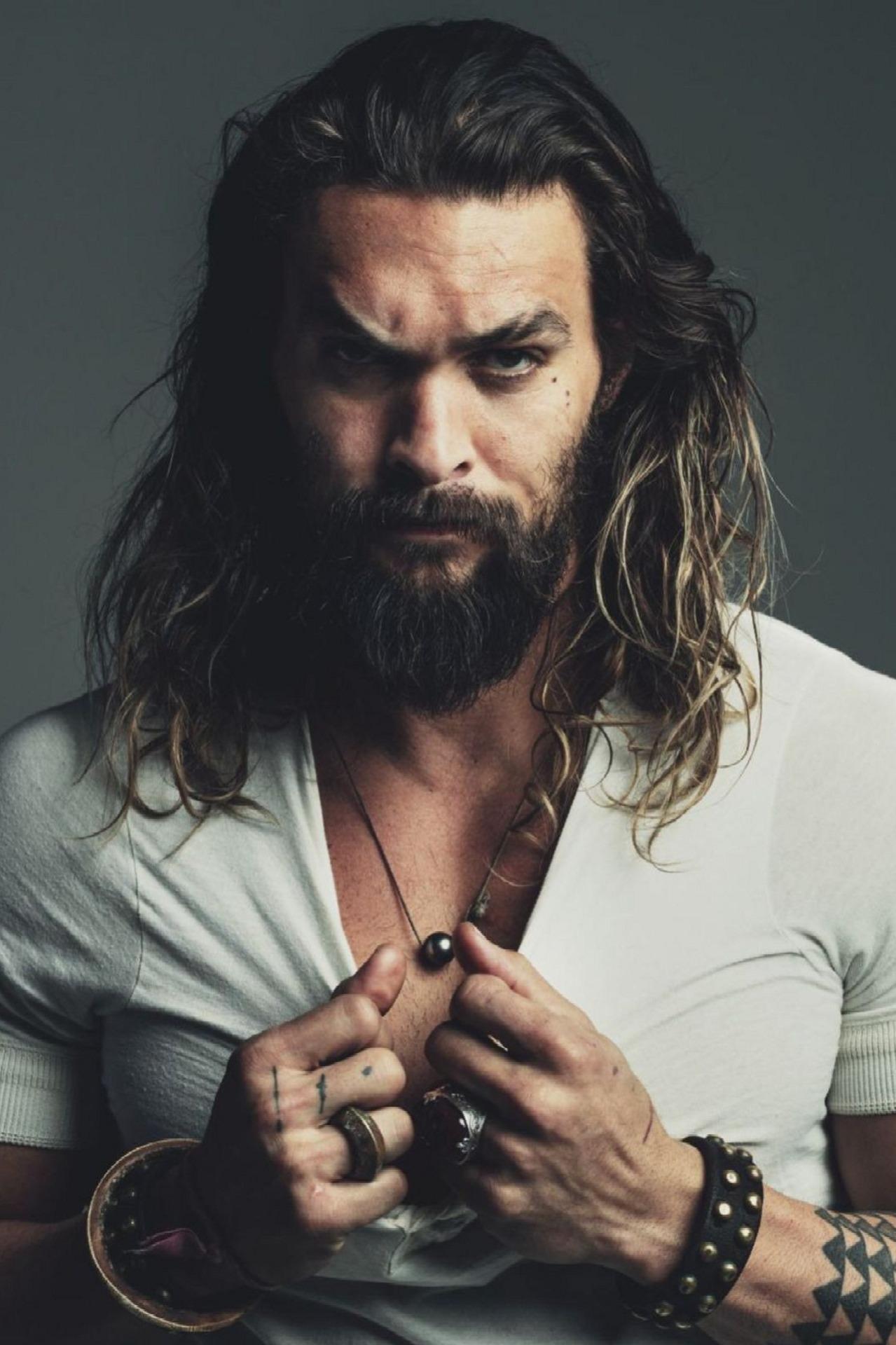 mái tóc dài của diễn viên jason momoa