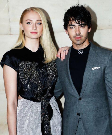 Joe Jonas và Sophie Turner