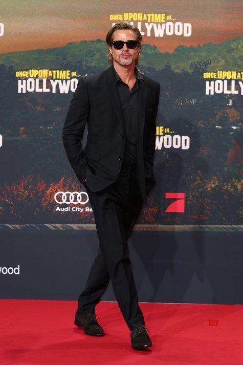 Brad Pitt - sao nam mặc đẹp tuần 2 tháng 8 - ELLE Man