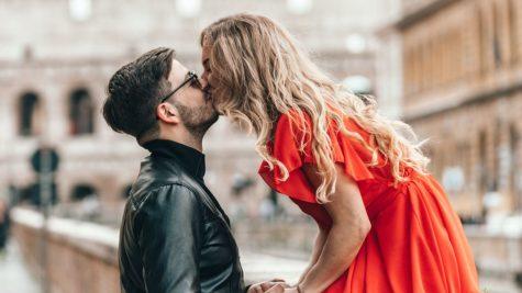 Bí quyết chinh phục phụ nữ Sư Tử: Hãy yêu bằng một trái tim nồng nhiệt!