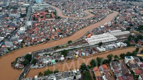 Lũ lụt tại Jakarta năm 2019. Ảnh: TEMPO/Hilman Fathurrahman W