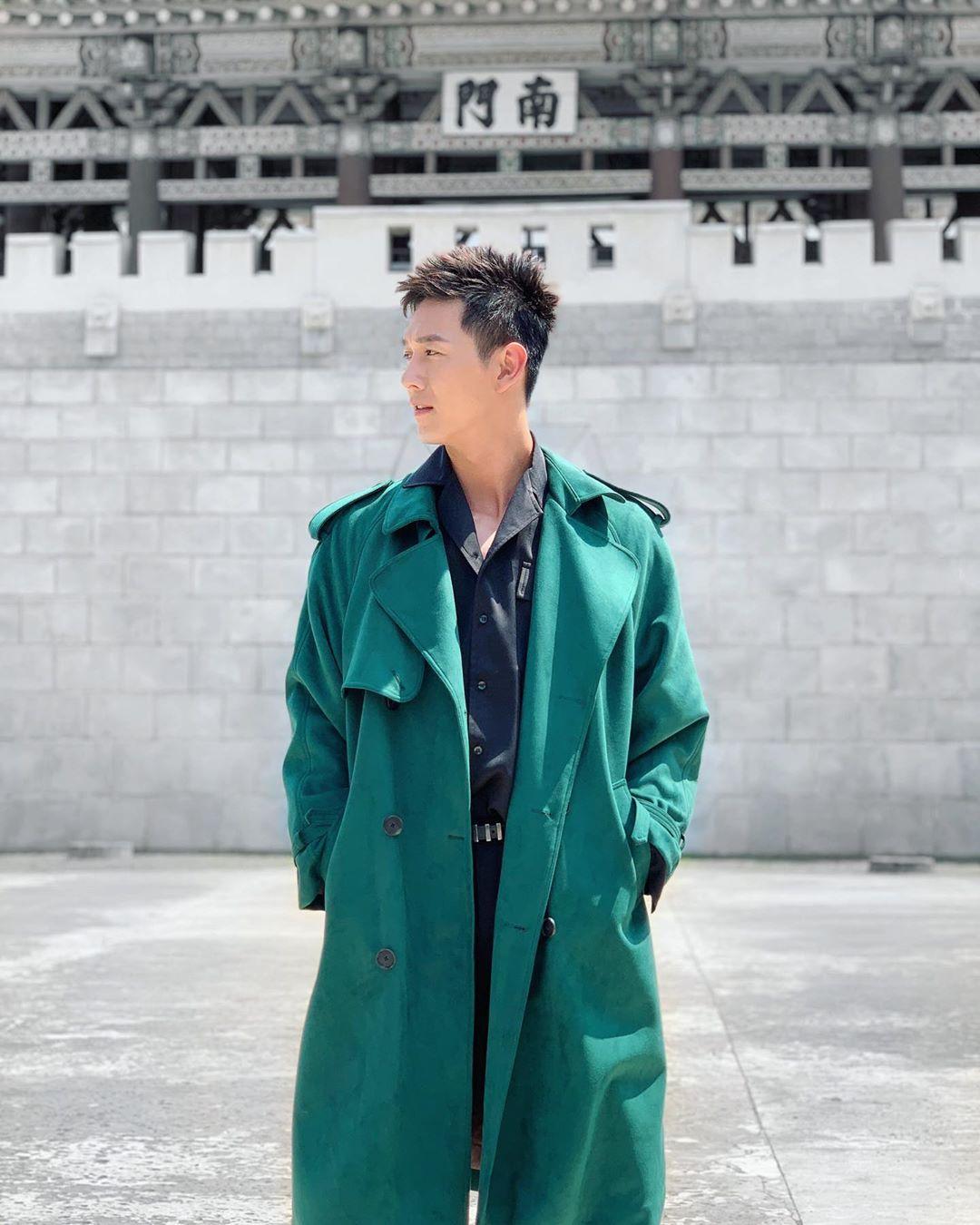 sao nam mặc đẹp tuần cuối tháng 8 - Song Luân