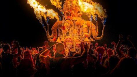 """Lễ hội Burning Man 2019: Nơi """"sự thật"""" được trưng bày"""