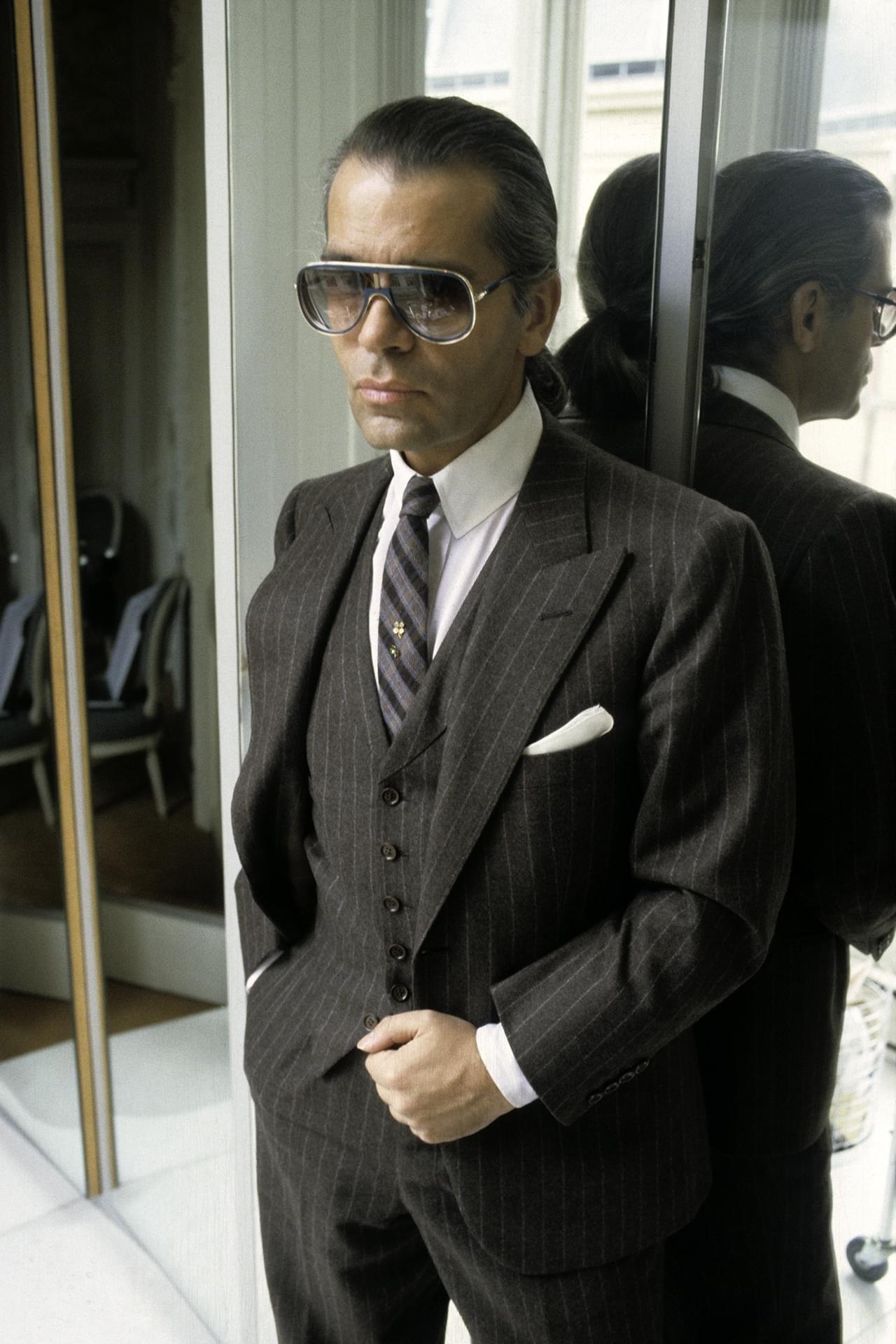 NTK cung Xử Nữ Karl Lagerfeld