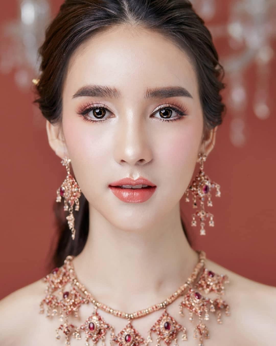 mỹ nhân chuyển giới - yoshi xinh đẹp không tì vết