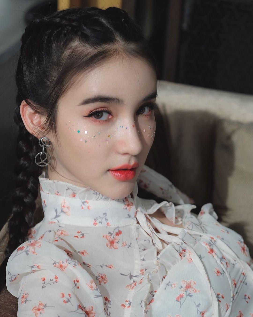 mỹ nhân chuyển giới - yoshi xinh đẹp