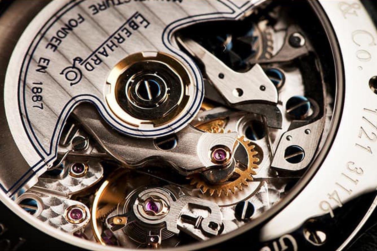 sự độc đáo của đồng hồ bin và cơ