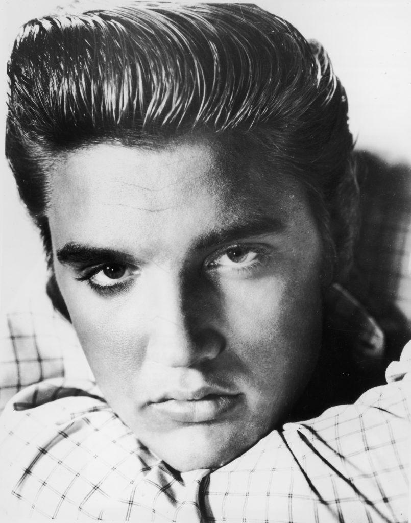 Ông vua nhạc rock and roll - Elvis Presley