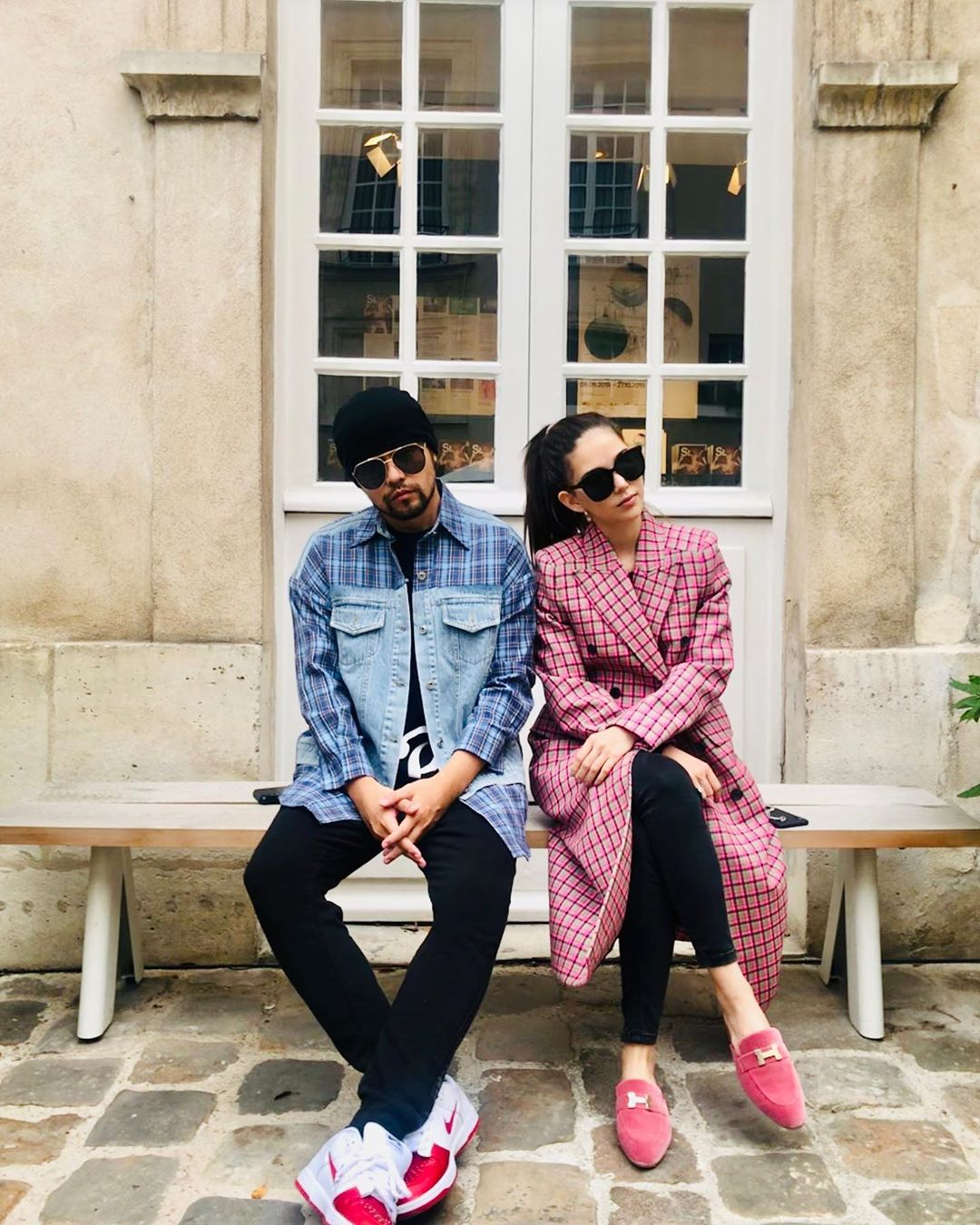Ca sĩ Châu Kiệt Luân cùng vợ