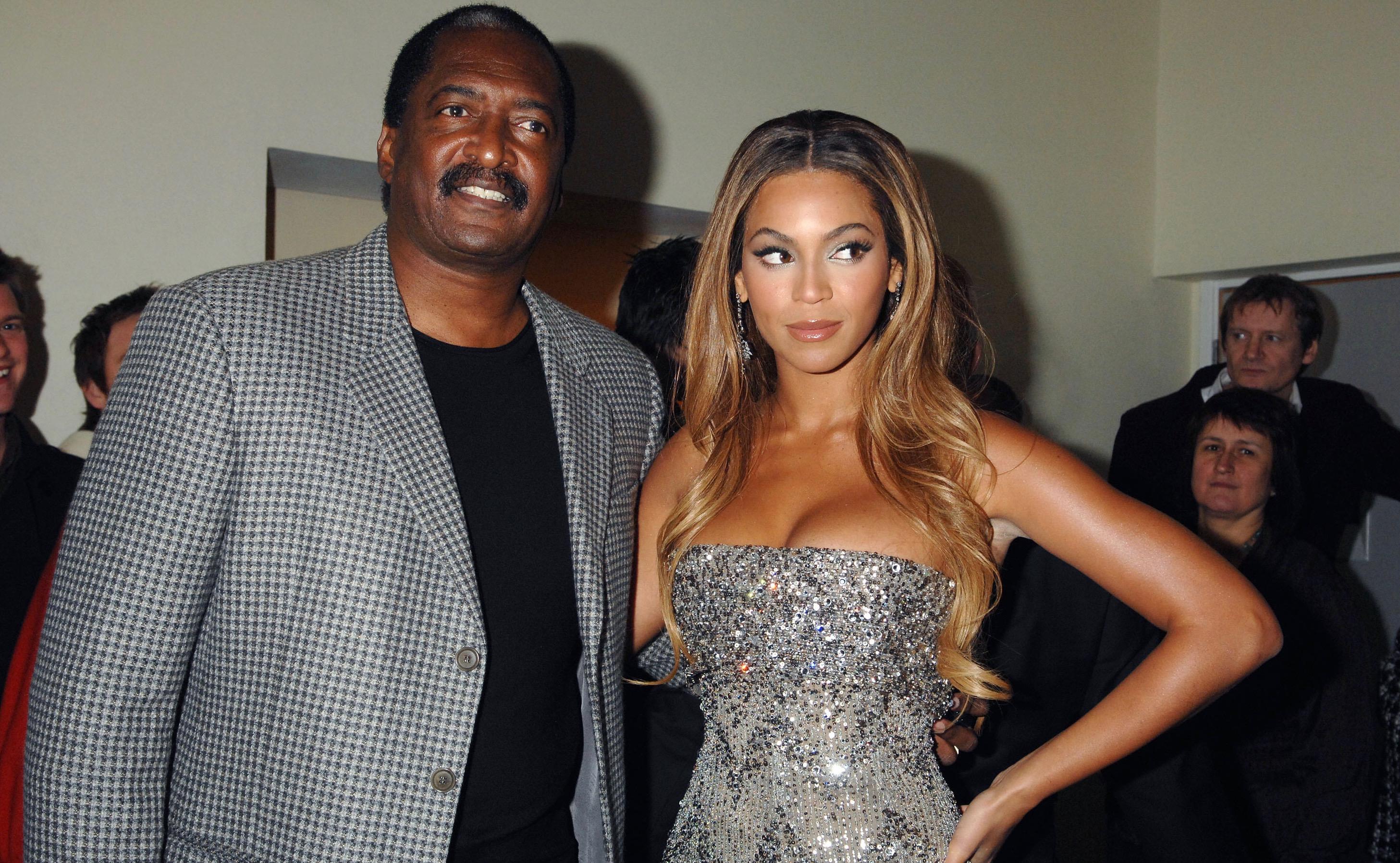 Nữ ca sĩ Beyoncé và cha cô