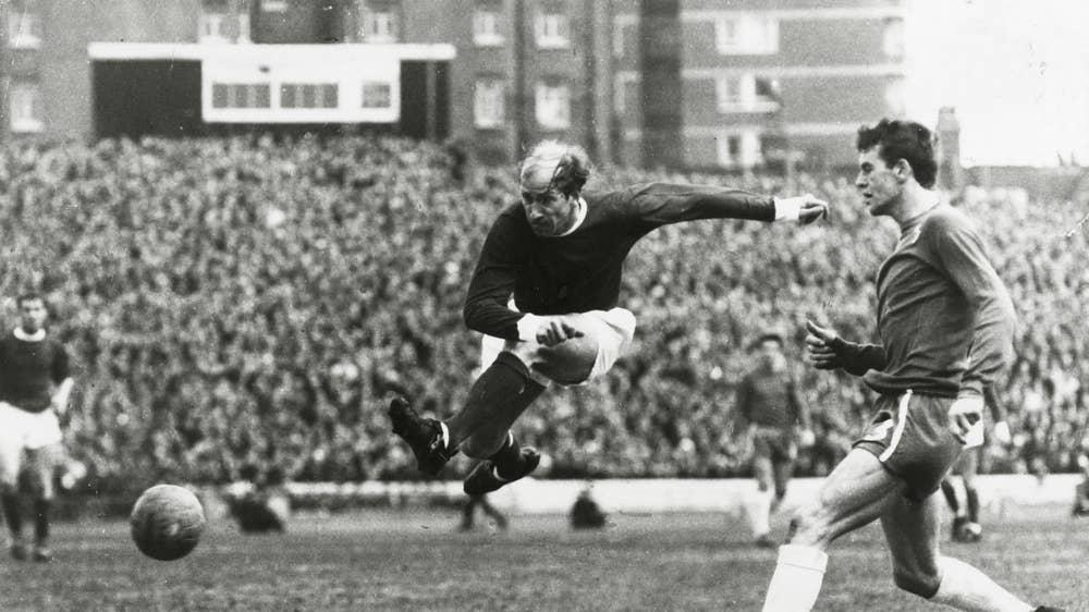 Bobby Charlton - ELLE Man -4