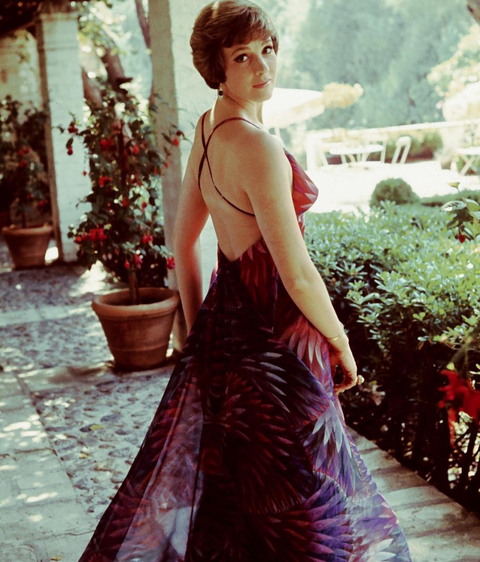 nữ minh tinh Julie Andrews