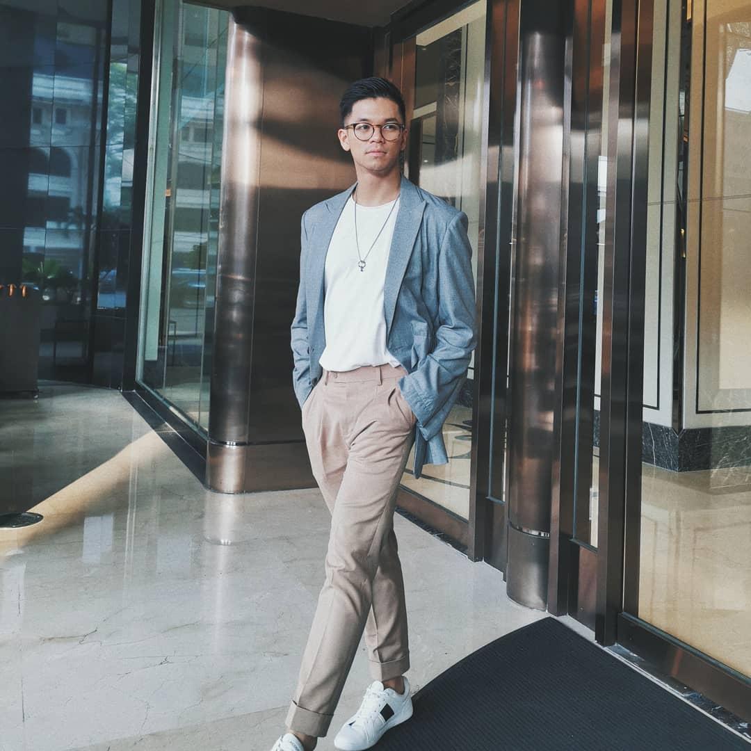 ca sĩ Trọng Hiếu - sao nam mặc đẹp tuần 2 tháng 11