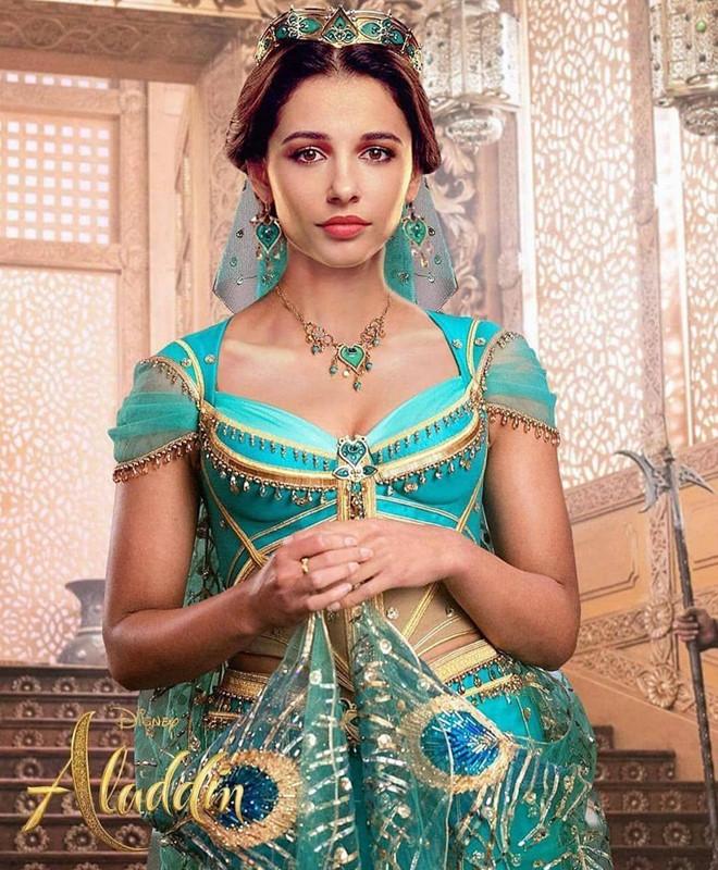 Công chúa Jasmine của Aladdin...