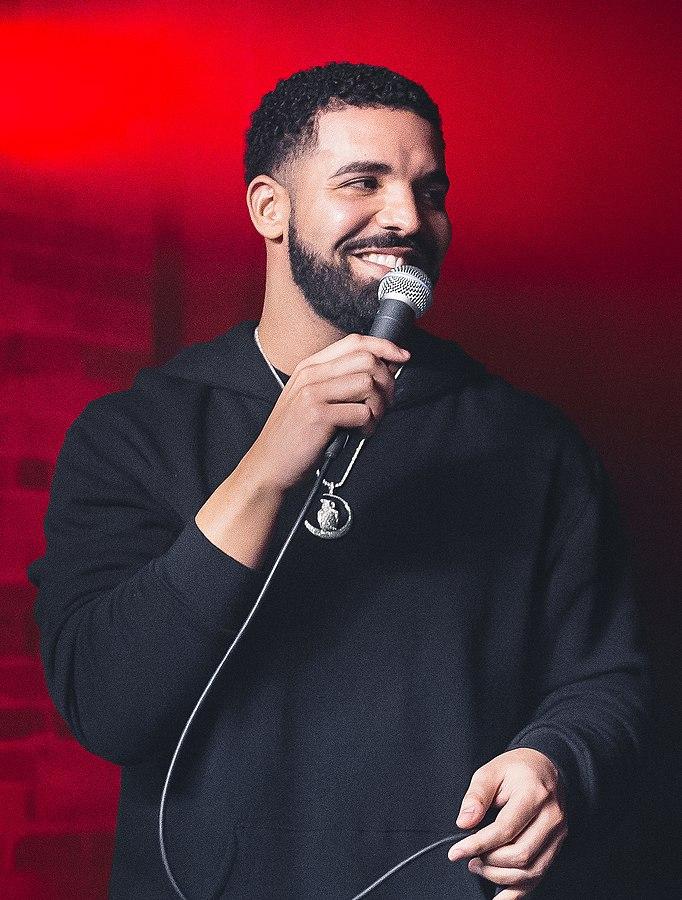 rapper Drake - ELLE Man