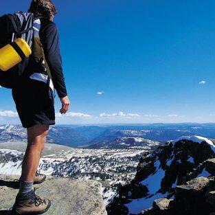 Vì sao bạn nên du lịch một mình vào thời điểm nào đó trong đời?