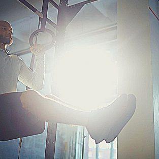 4 bài tập thể hình cơ core tạo bụng sáu múi và tăng sức mạnh