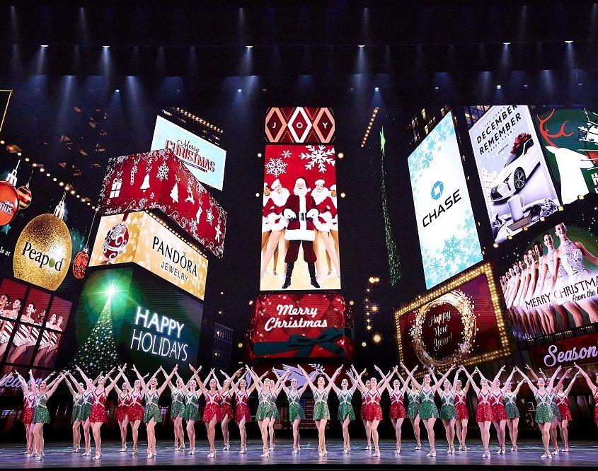 Xem show diễn của Rockettes tại Radio City Christmas Spectacular thành phố New York