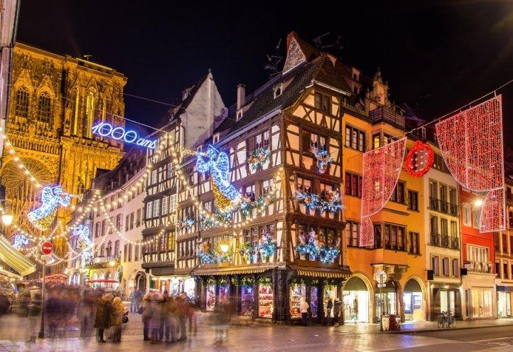 Những phiên chợ Giáng Sinh tại đại điểm du lịch Strasbourg Pháp