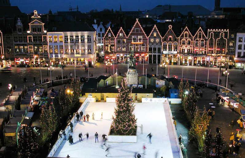 sân trượt băng mùa Giáng Sinh tại Bruges