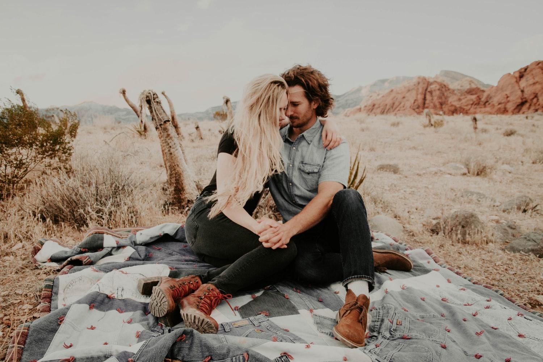 đàn ông nhân mã trong tình yêu - cặp đôi đi picnic
