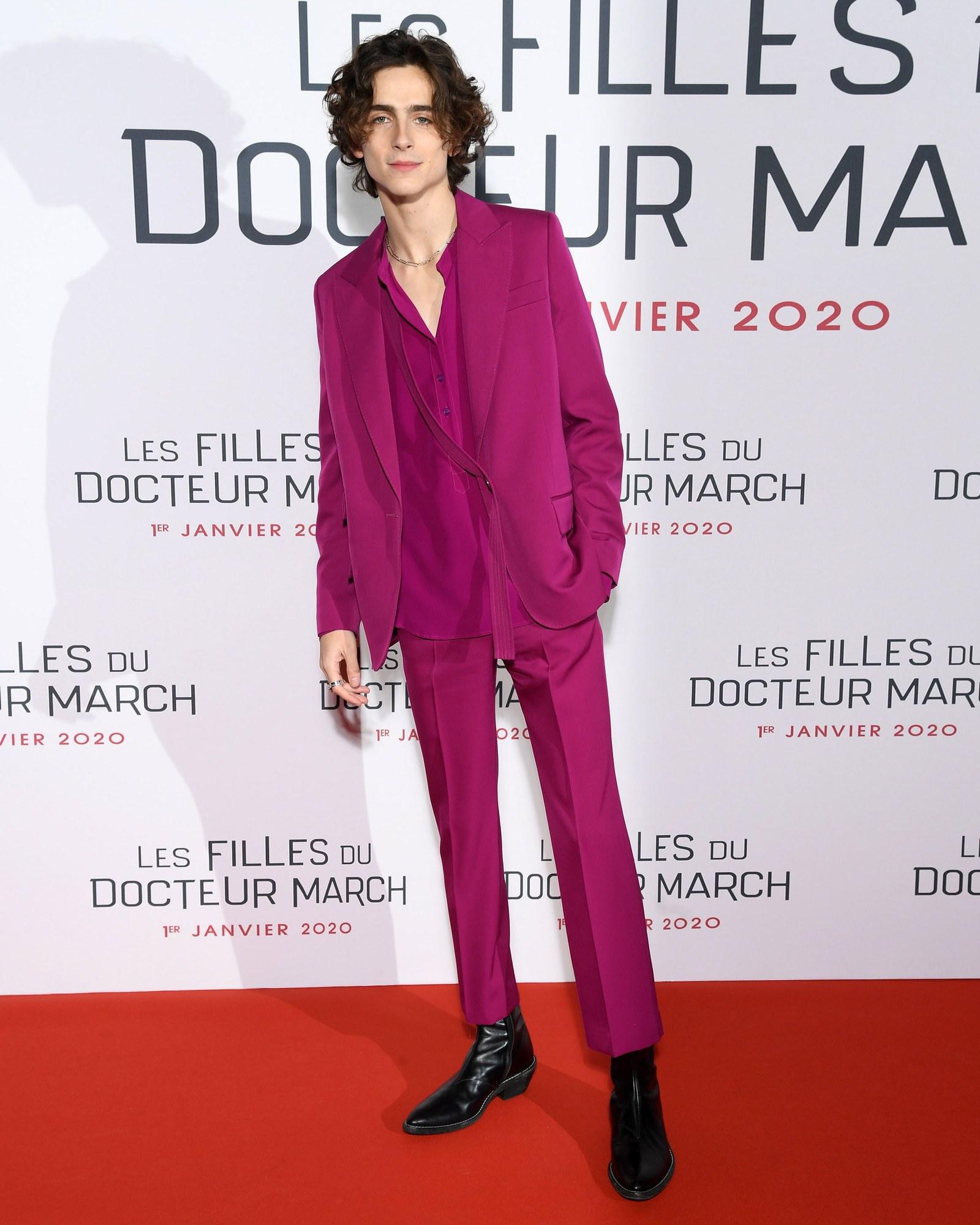 diễn viên Timothée Chalamet - sao nam mặc đẹp tuần 2 tháng 12