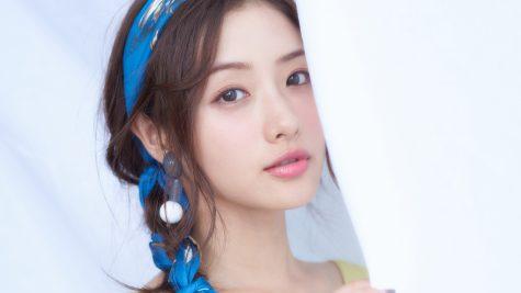 """""""Nấm lùn"""" Satomi Ishihara: Biểu tượng nhan sắc lớn của Nhật Bản"""