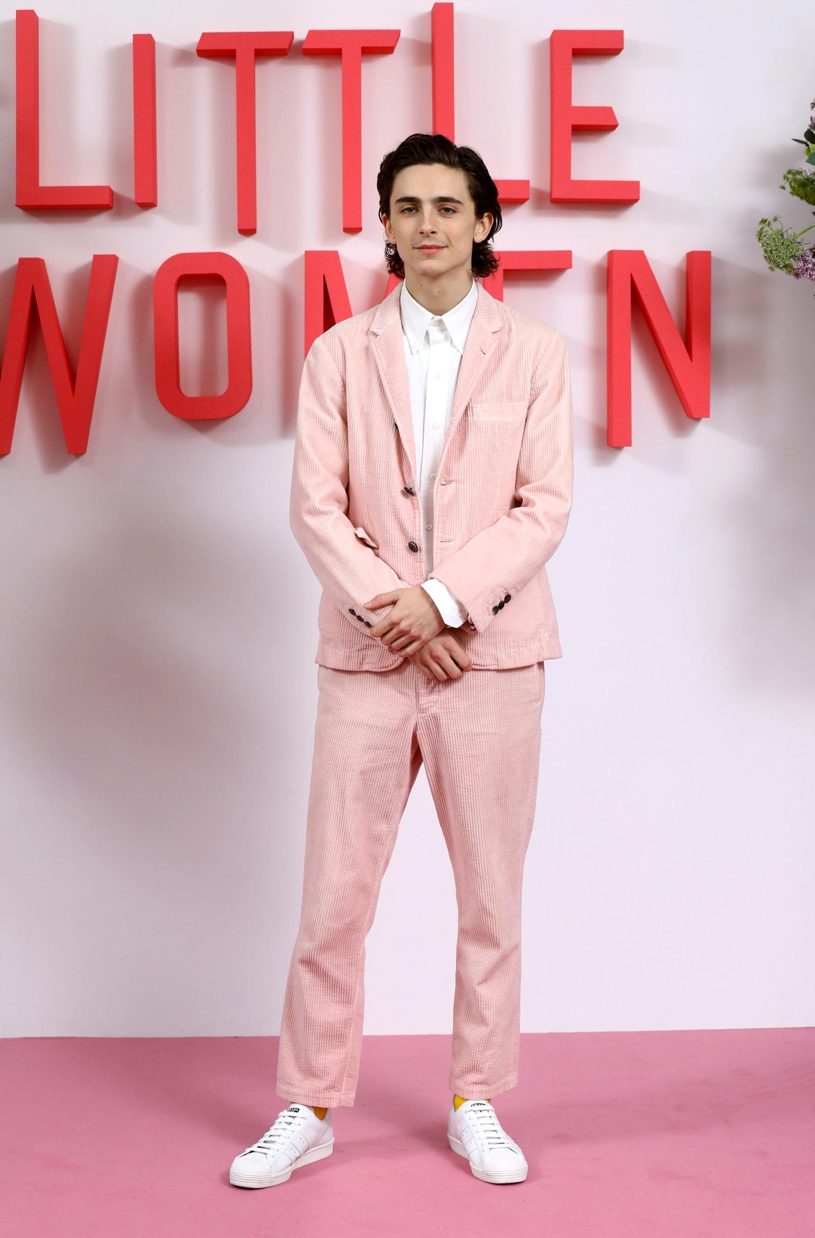 diễn viên Timothée Chalamet - sao nam mặc đẹp tuần cuối tháng 12
