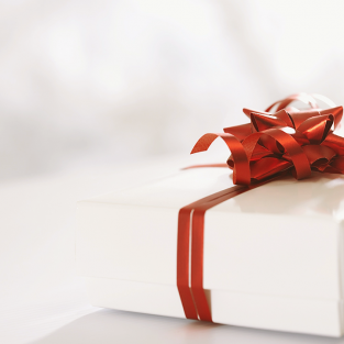 9 gợi ý quà Tết ý nghĩa dành tặng gia đình