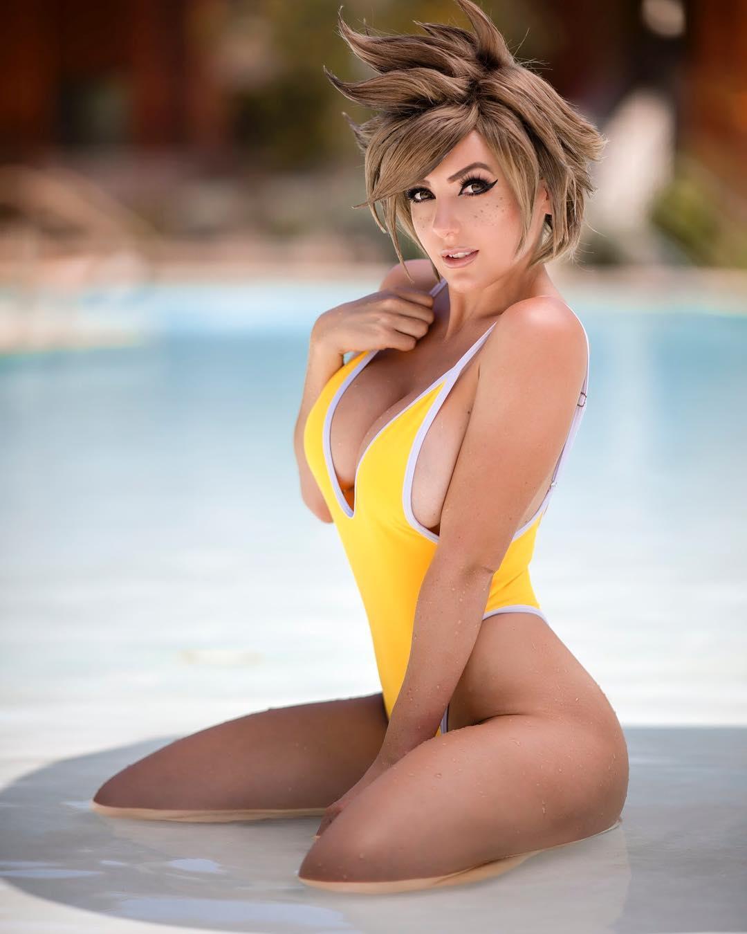 nữ cosplay jessica