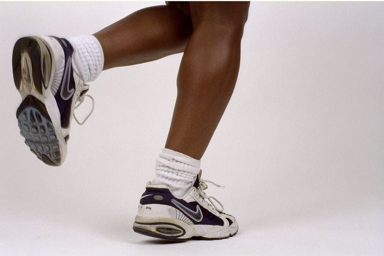 late90s-giay-sneaker-elleman-0220-nydailynews