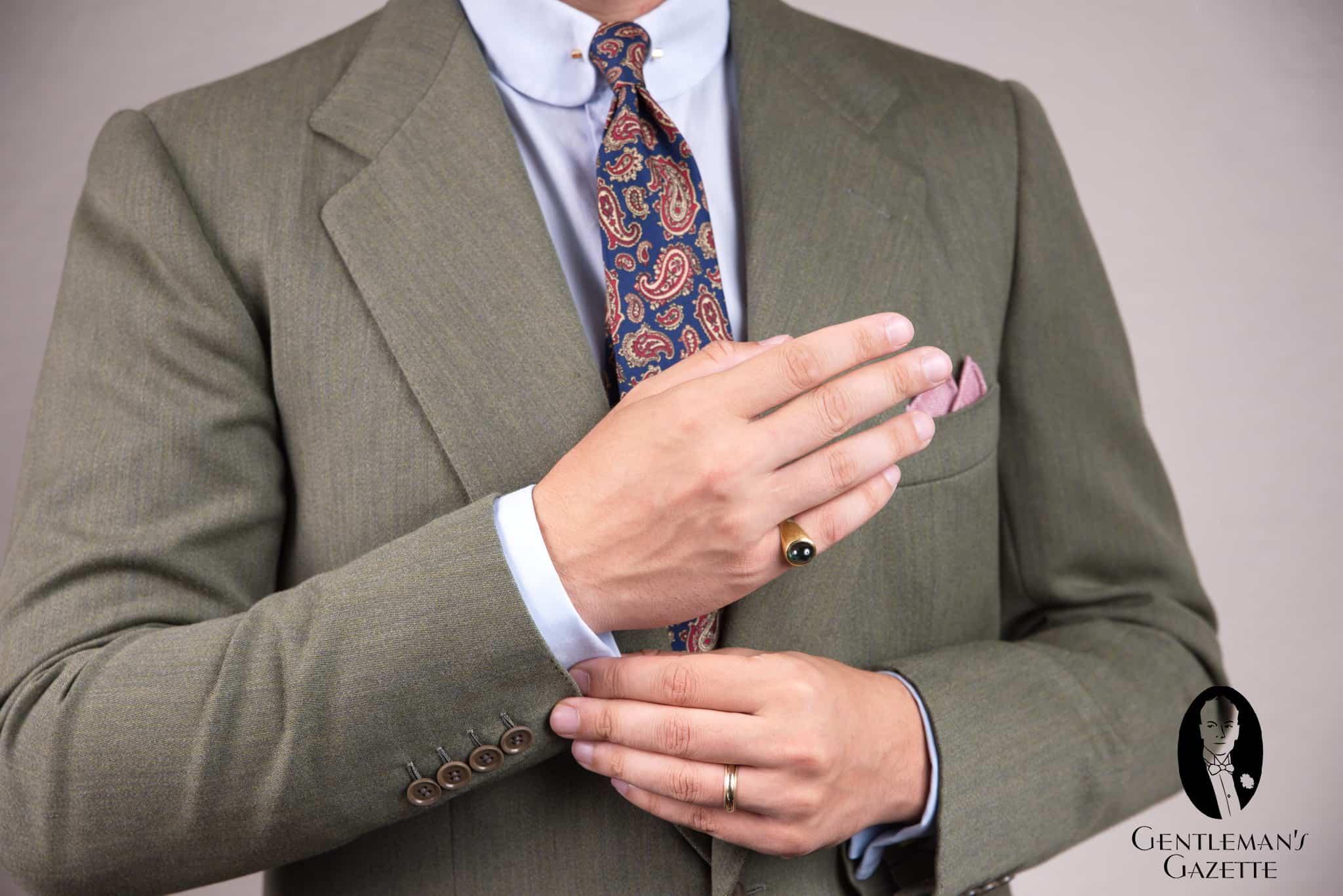 2-phong-cach-an-mac-elleman-0220-gentleman'sgazette