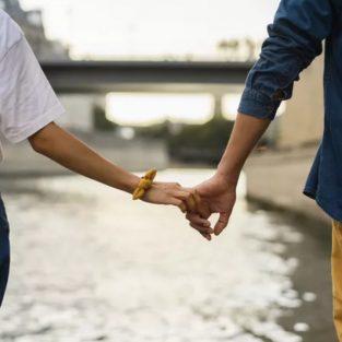Làm sao để chia tay người yêu lâu năm khi mối quan hệ đi vào ngõ cụt?