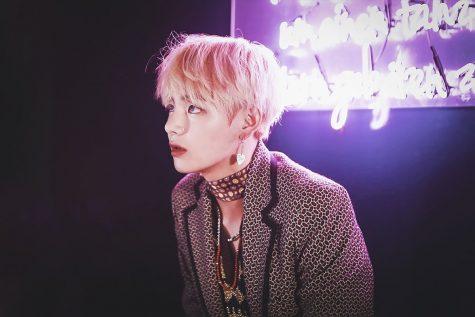 """Phong cách Taehyung - V: """"Tắc kè muôn màu"""" của BTS"""
