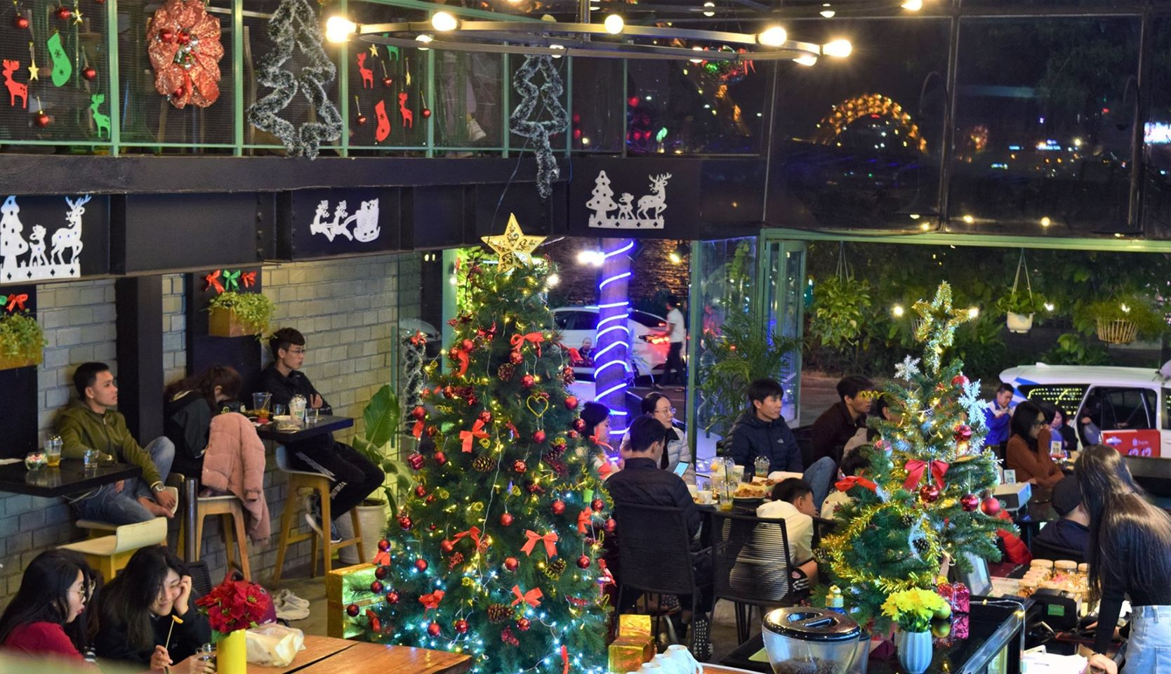 1-cafe-da-nang-elleman-3