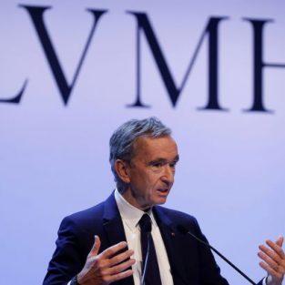 Dịch Covid-19: LVMH ngưng sản xuất nước hoa để điều chế nước rửa tay tiệt trùng