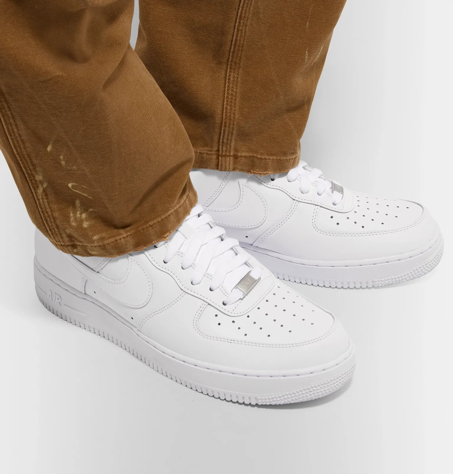 1-giay-sneaker-trang-elleman