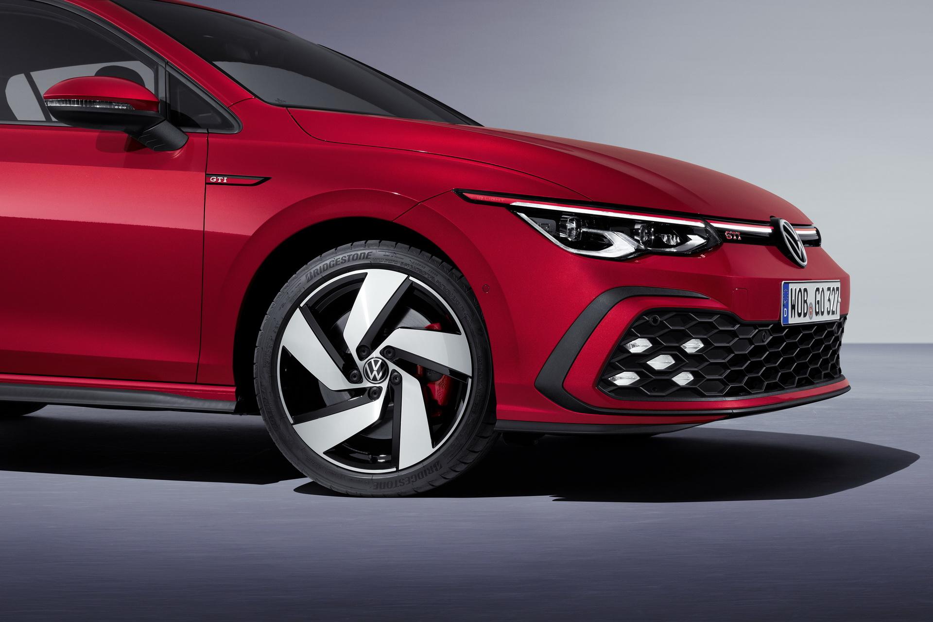 sieu xe hoi geneva 2020 - Volkswagen Golf GTI - elle man 1