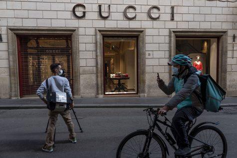 Hãng thời trang Gucci quyên góp 2 triệu Euro chống dịch Covid-19