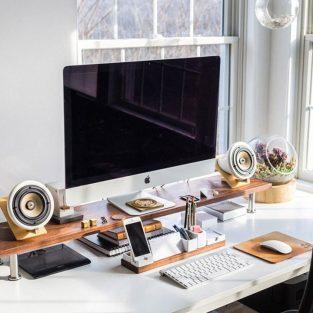 Sắp xếp bàn làm việc: 5 tips quản lí dây thiết bị