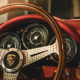 Ý nghĩa logo thương hiệu - Phần 40: Porsche